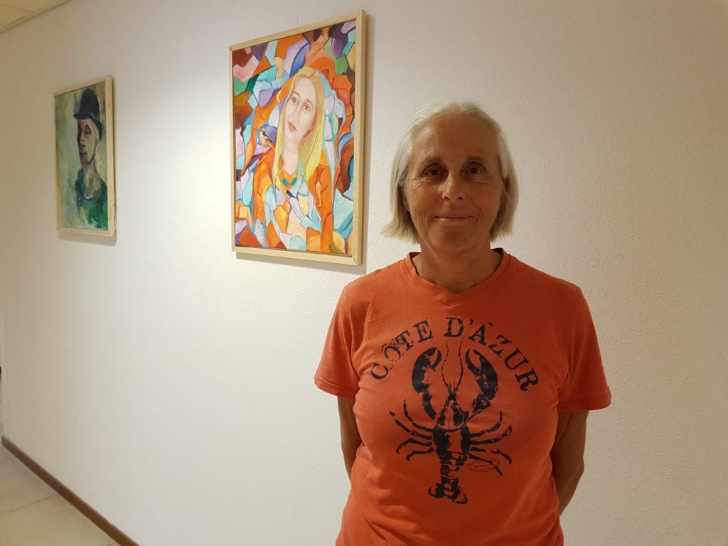 Kunstschilder Anne van den Brink exposeerde zomer 2020 in Woonzorgcentrum Theresia bij Vughterstede.