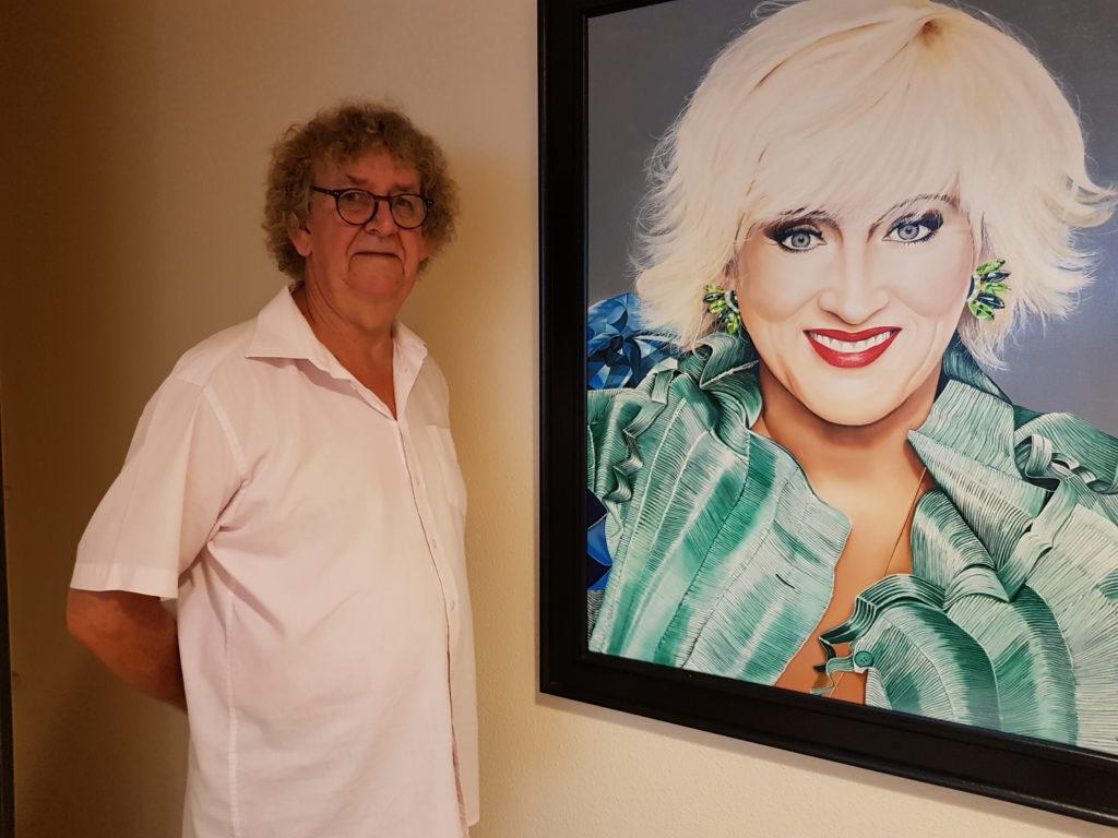 Kunstschilder Paul Deley houdt expositie in Woonzorgcentrum Theresia bij Vughterstede tot eind 2020.